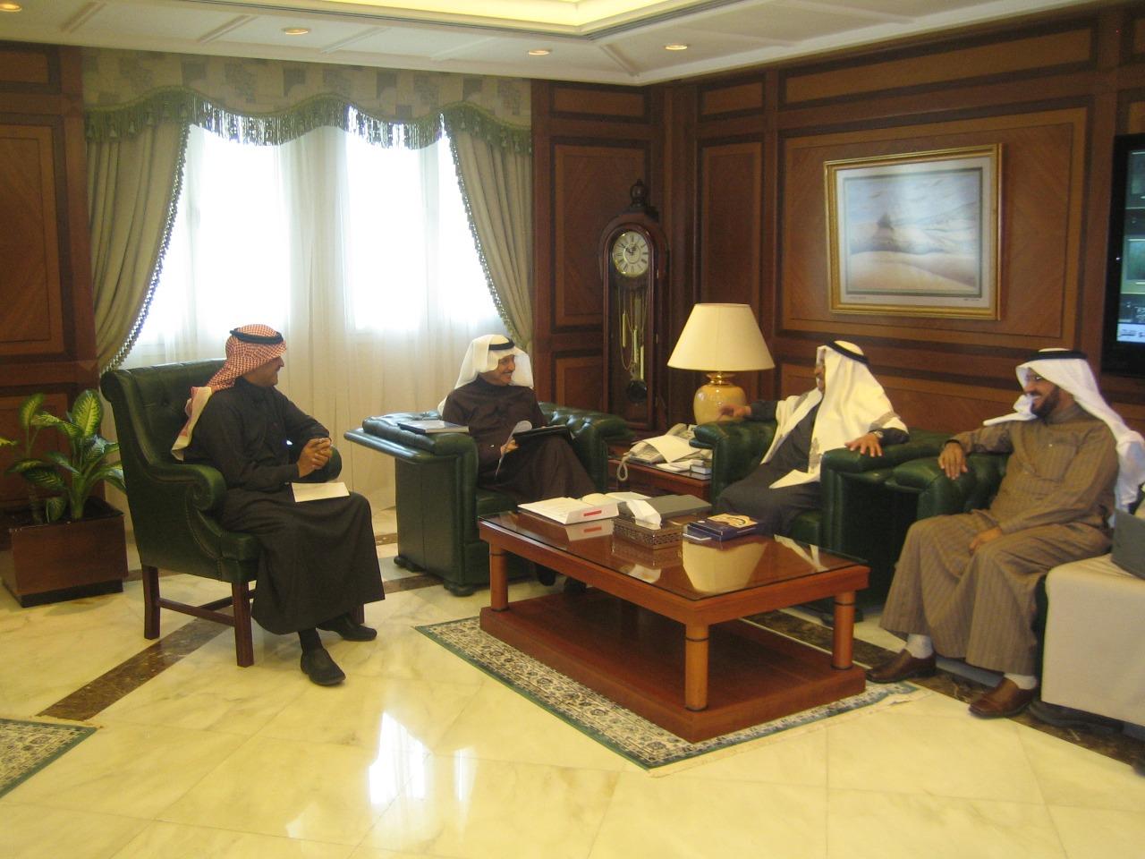 وزير الشئون الاجتماعية د / يوسف بن أحمد العثيمين